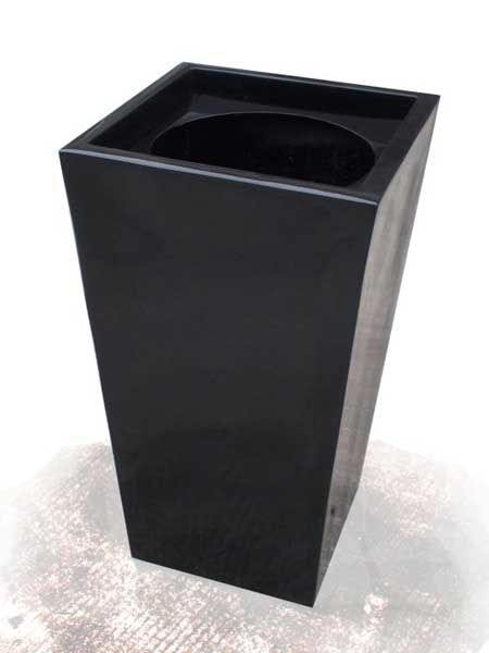 750mm Wedge Planter with Insert