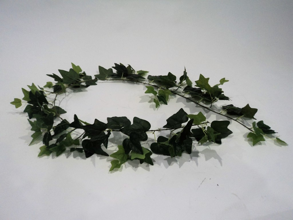 ENGLISH IVY GARLAND